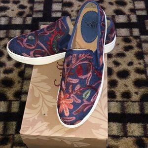 Sofft Brand Loafer Tennis Shoe 8.5 NIB